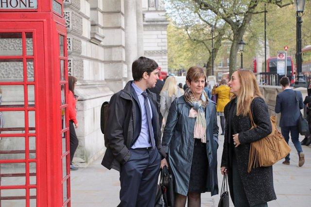 Tapia en Londres