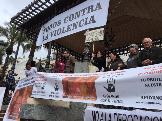 Aníbal Domínguez y Marianela Olmedo, familiares del crimen de Almonte.