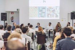 Utrera ultima el II Encuentro Andaluz de Diseñadores