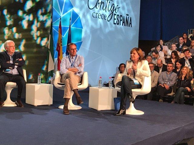 La líder del PPCV, en su intervención en los 'Diálogos populares'