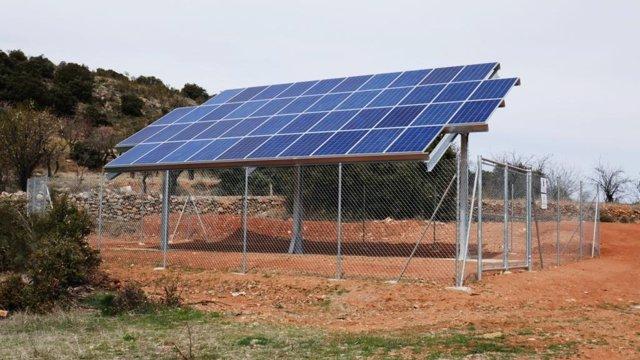 Campo solar del sondeo impulsado por Diputación de Almería en Sierro