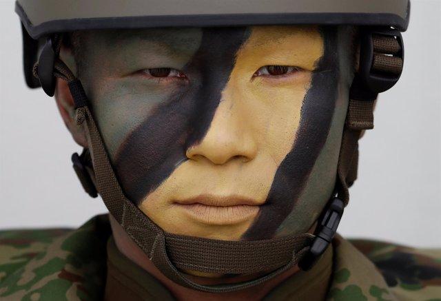 Militar de la Brigada Anfibia de Desplazamiento Rápido de Japón