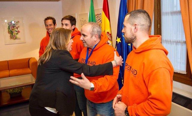 Susana Díaz reunida con  los bomberos sevillanos detenidos en Lesbos
