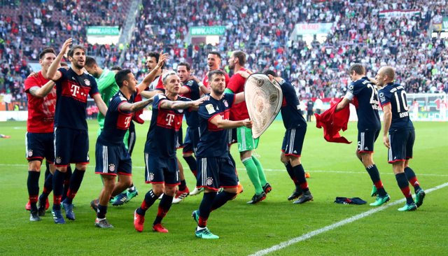 El Bayern Múnich celebra su sexta Bundesliga consecutiva