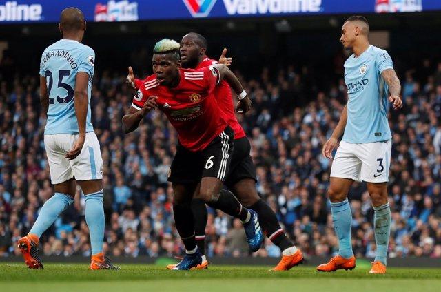 El United remonta un 2-0 y evita el alirón del City