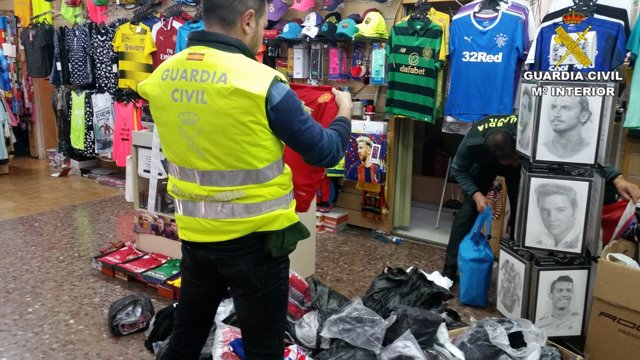 Incautación de falsificaciones en Benidorm