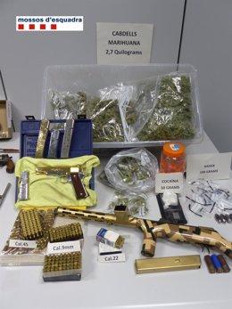 Material intervenido en la operación policial en Sant Adrià del Besós y Badalona