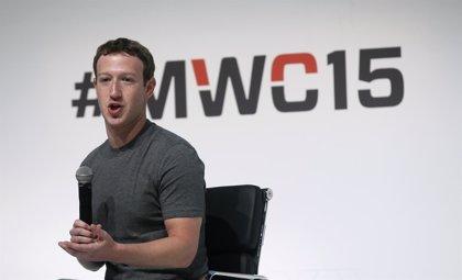 Zuckerberg se reunirá este lunes con varios diputados de cara a su comparecencia ante el Congreso de EEUU