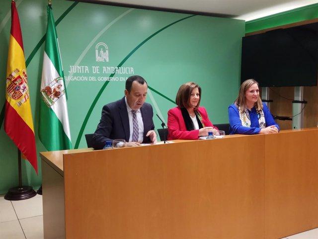 María José Sánchez Rubio con Ruiz Espejo y Elena Ruiz IAM Igualdad consejera