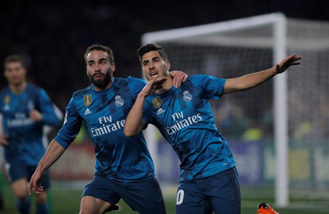 Asensio y Carvajal celebran un gol en el Betis - Real Madrid
