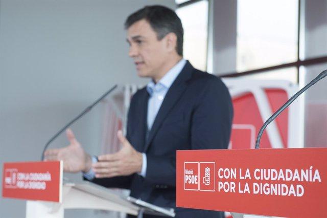 Rueda de prensa del líder del PSOE, Pedro Sánchez