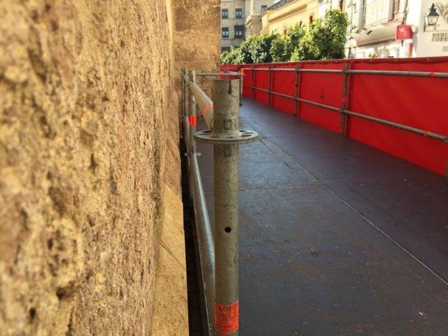 Uno de los palcos que se instalaron en el muro Oeste de la Mezquita