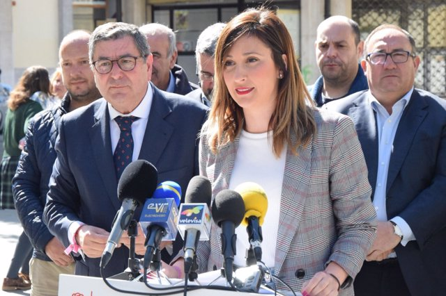 María Nieves Ramíerez, parlamentaria del PSOE