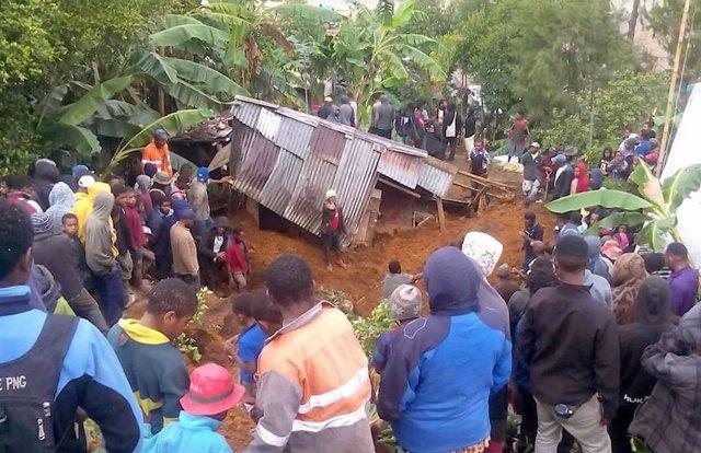 Una de las casas afectada por los corrimientos de tierra tras el terremoto