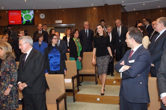 La Reina en la entrega de los International Friendship Awards del IESE