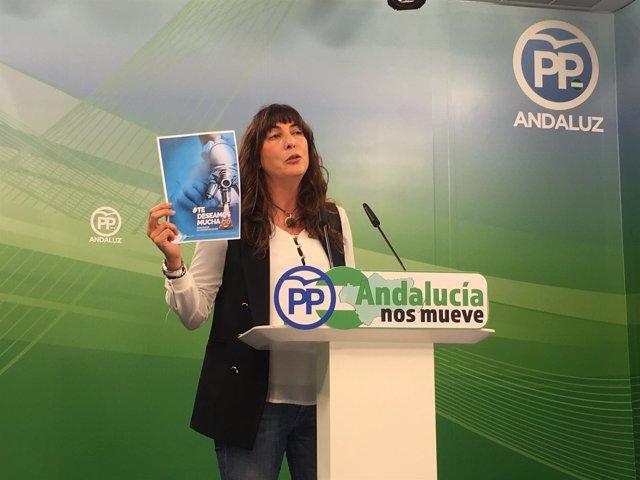 Loles López presentando la campaña del PP-A en rueda de prensa