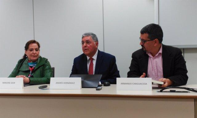 Marlene Azor, Andrés Hernández y Armando Chaguaceda