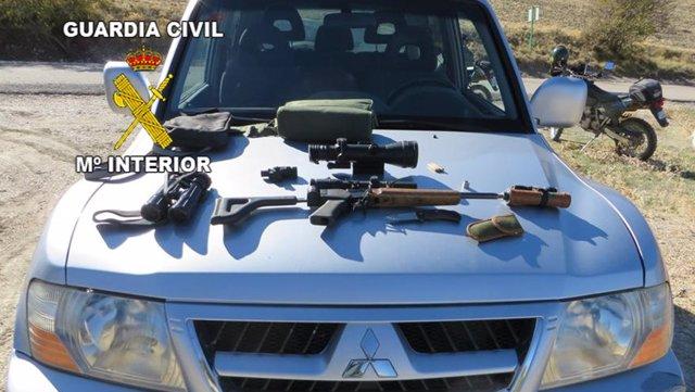Armas intervenidas en un control contra el furtivismo
