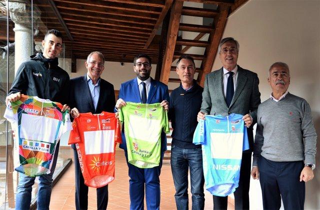 Diego Rubio (I), López Cerrón, Sánchez Cabrera, Cubino, Rivas y Coca 9-4-2018