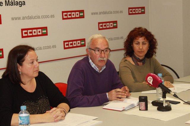 Félix Martín secretario general de Enseñanza de CCOO Málaga rueda de prensa