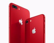 Apple presenta edicions d'iPhone 8 i 8 Plus en vermell i destinaran part de les seves vendes a combatre la sida (APPLE)