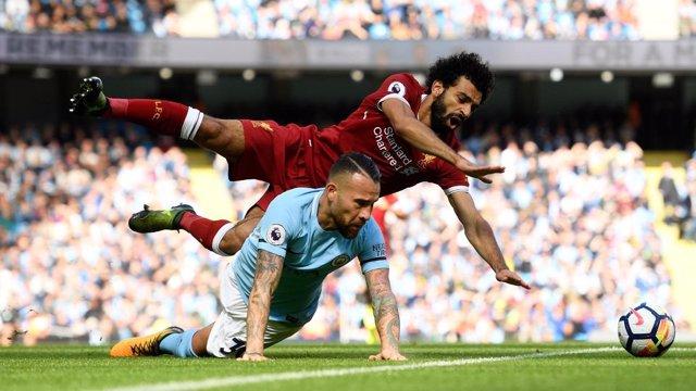 Salah (Liverpool) y Otamendi (Manchester City)