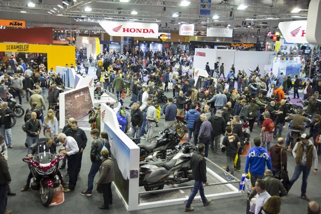 Salón Vive la Moto de Madrid