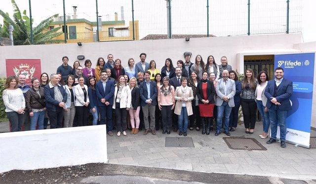 Nota De Prensa Y Fotografías: Empleo Lanzaderas