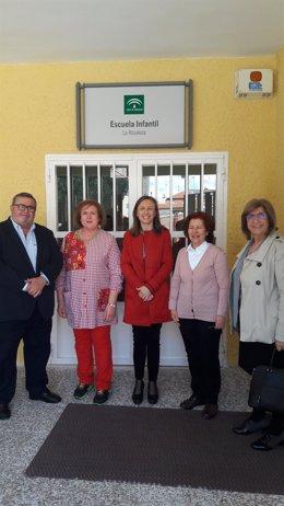 La delegada de Educación visita una Escuela Infantil