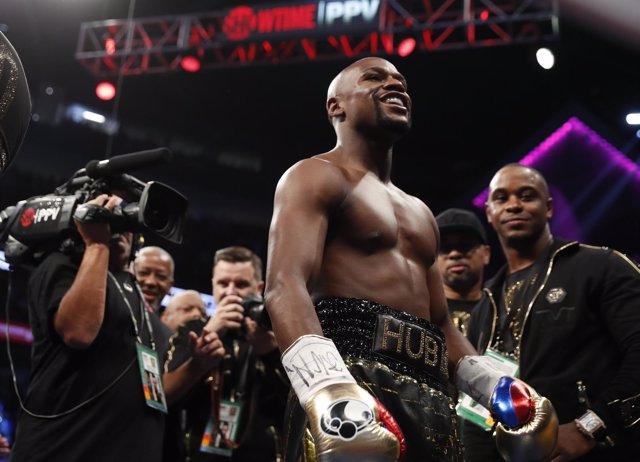 El boxeador estadounidense Floyd Mayweather