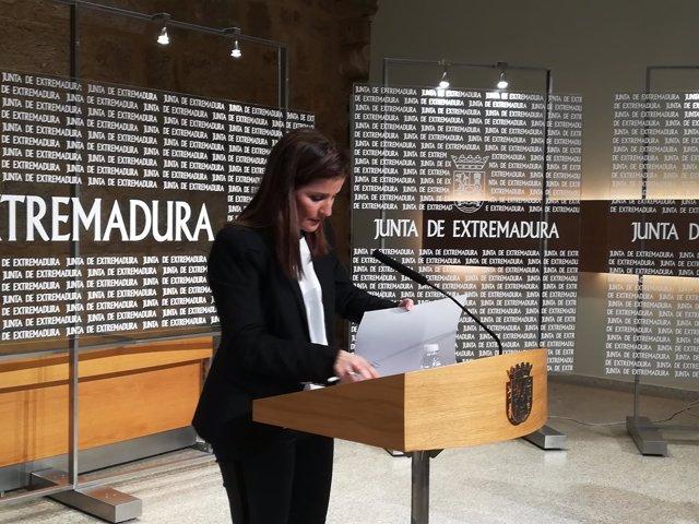 Isabel Gil Rosiña en la rueda de prensa de este martes