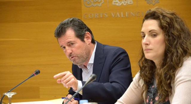 José Císcar, en Les Corts Valencianes