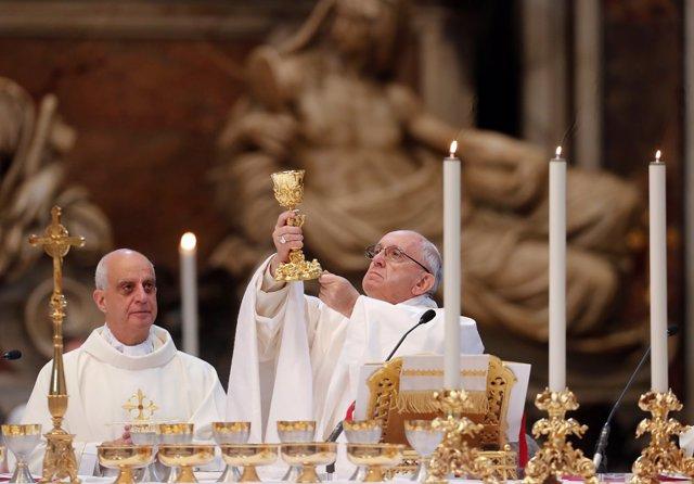 El Papa Francisco, en la basílica de San Pedro
