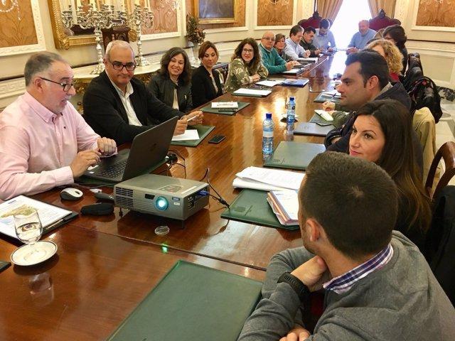 Reunión sobre Vía Verde en la Diputación