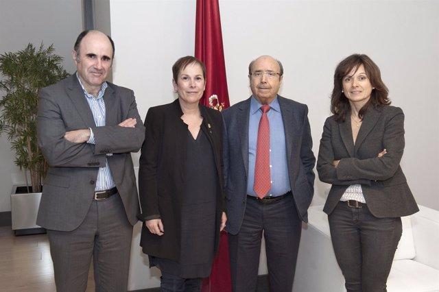 Manu Ayerdi, Uxue Barkos, Manuel Torres y Yolanda Torres.