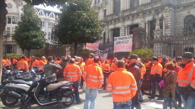 Concentración de trabajadores de Infraestructuras