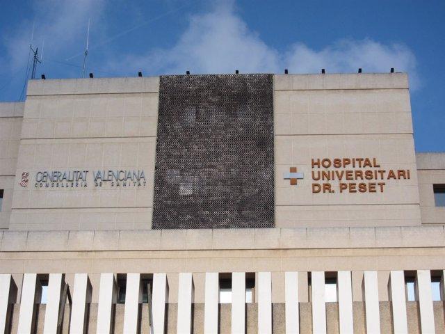 Hospital Peset De Valencia en imagen de archivo