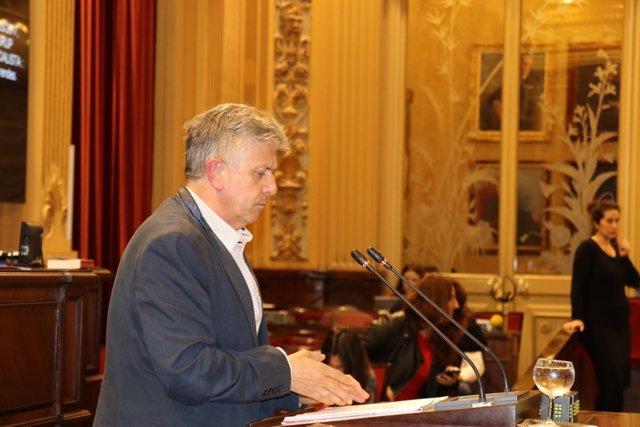 El diputado del PSIB, Enric Casanova.