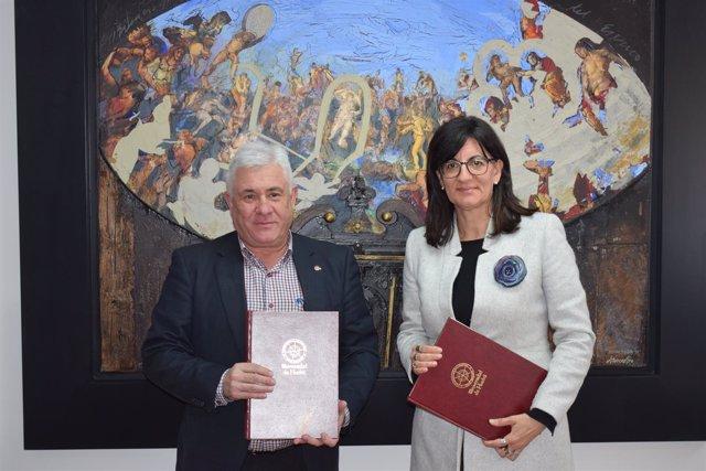 Acuerdo entre el Consejo Social de la UHU y la rectora de la Onubense.