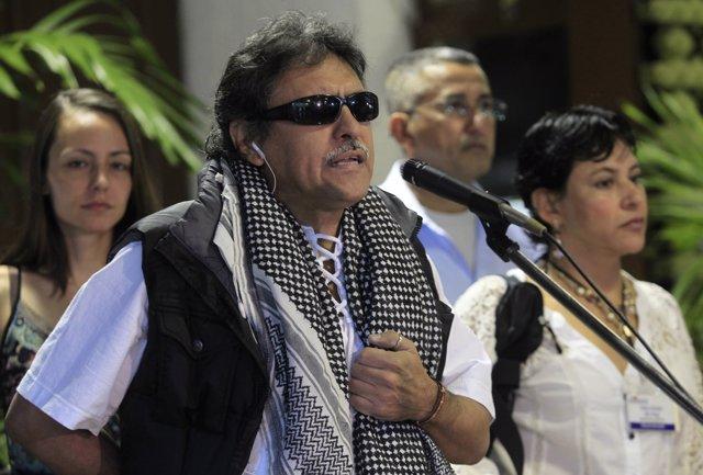Miembros FARC negocian en Cuba ( Jesus Santrich)