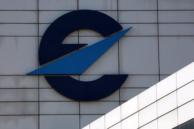 Logo de Eurocontrol en la fachada de su sede en Bruselas