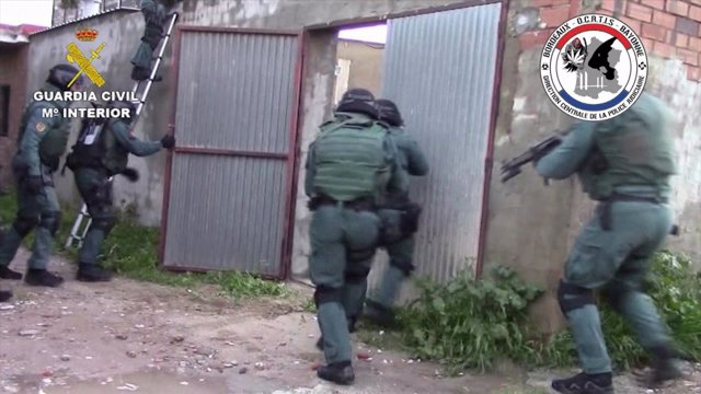 La Guardia Civil y la OCRTIS desarticulan una organización de narcotraficantes