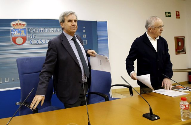 Rafael de la Sierra en la presentación de la Ley de Servicios de Incendios