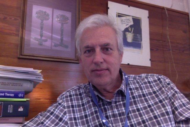 Doctor Eduardo Echarri