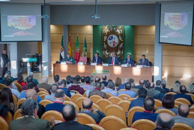 Jornadas Seguridad Vial Laboral en Cáceres