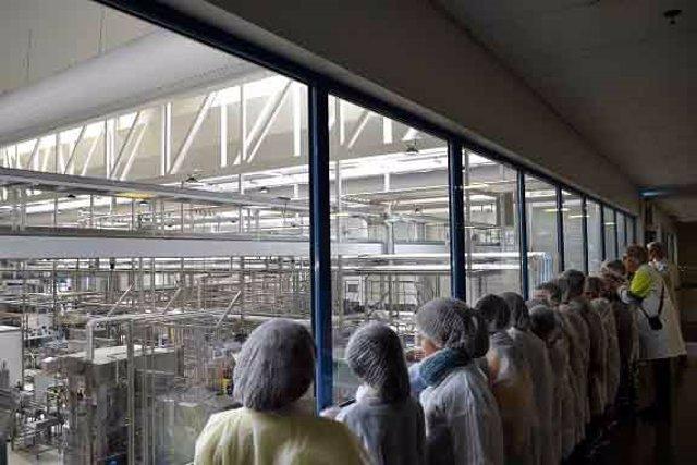 Visita de escolares a Danone