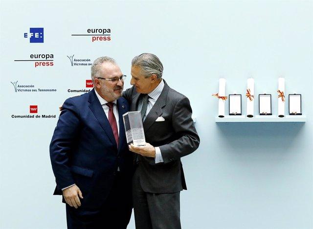 Europa Press recoge el Premio de la AVT Verdad, Memoria, Dignidad y Justicia