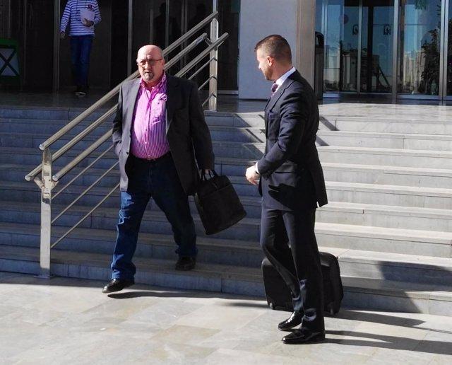 José Manuel Martín Alba a la salida del juicio Arcos