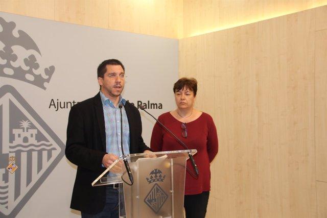 El regidor de Infraestructuras, Rodrigo Romero, y la portavoz Susanna Moll