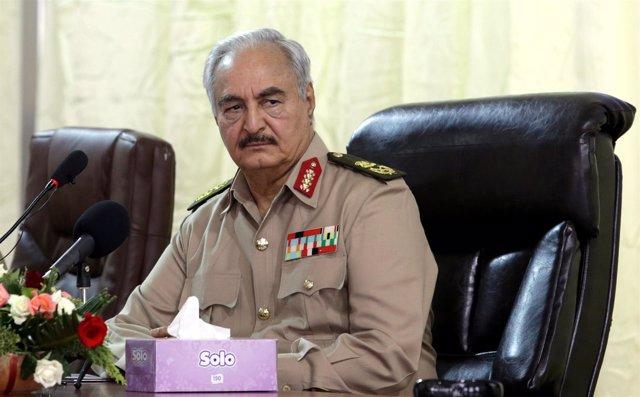 El mariscal de campo Jalifa Haftar